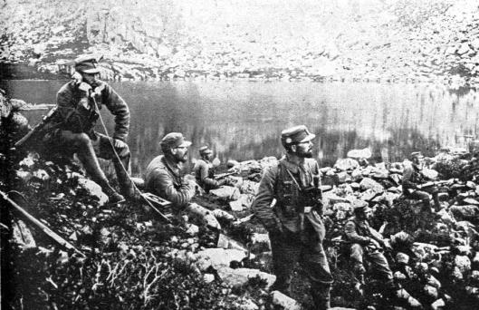 avstro-ogrska_telefonska_patrulja_ob_jezeru_pod_tirolskimi_dolomiti